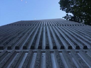 Klasický styl pro novější budovy.