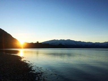 Západ slůnce na Lake Wanaka.