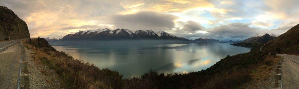 Jezero skoro jako u nás v Říčanech.